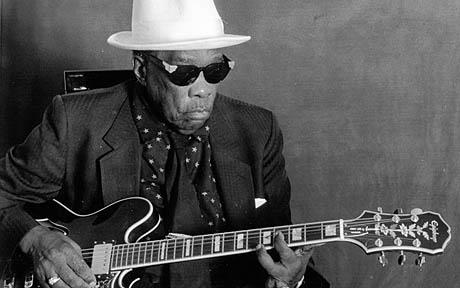 Photo of John Lee Hooker...UNSPECIFIED - CIRCA 1950:  Photo of John Lee Hooker  Photo by Al Pereira/Michael Ochs Archives/Getty Images
