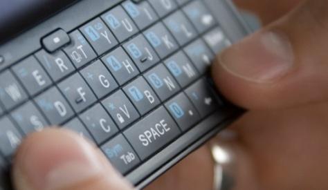 Teen-Text-closeup-500
