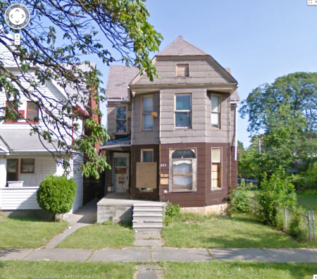 This is the actual house from Google street view.