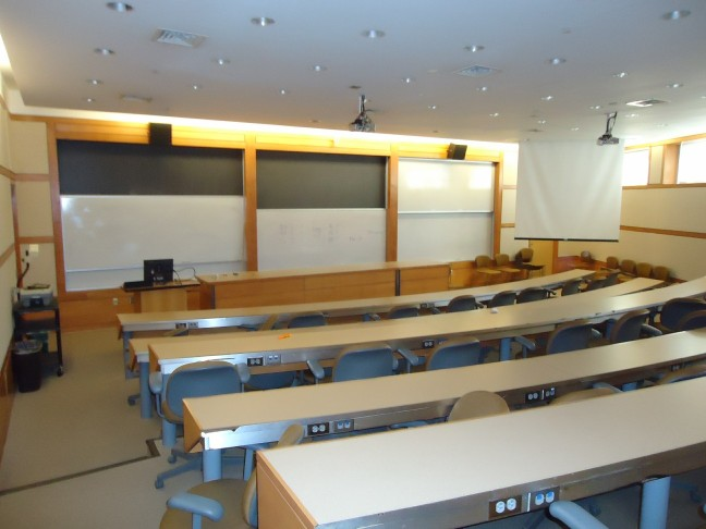 Image from http://commons.wikimedia.org/wiki/File:Dickinson_College_18_College_classroom.jpg