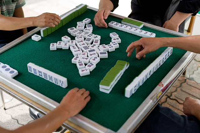Mahjong, Chengdu, China. Flickr.