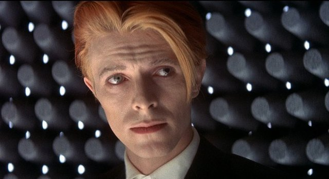 David Bowie, The Man Who Fell To Earth, British Lion Film Corporation, 1976.