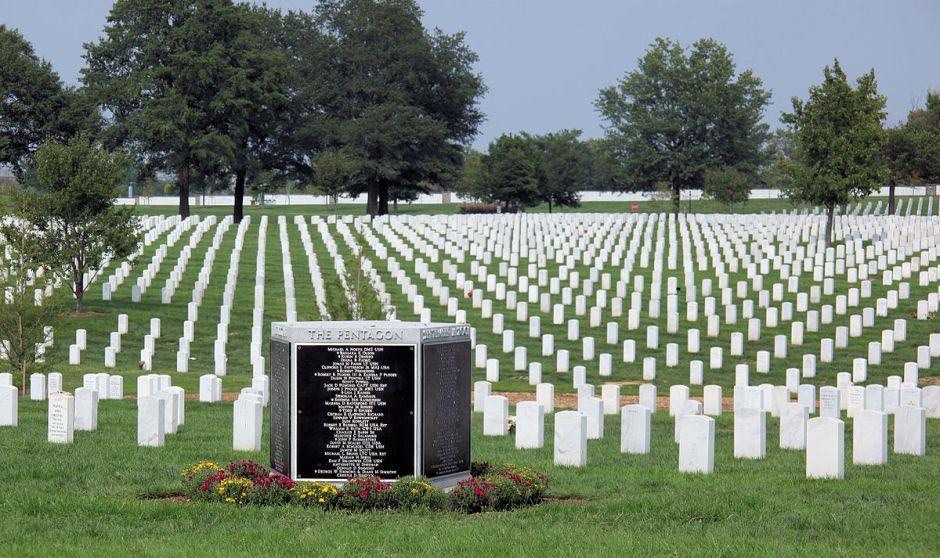 Arlington National Cemetery (Photo by Tim1965 / Wikimedia Commons.)